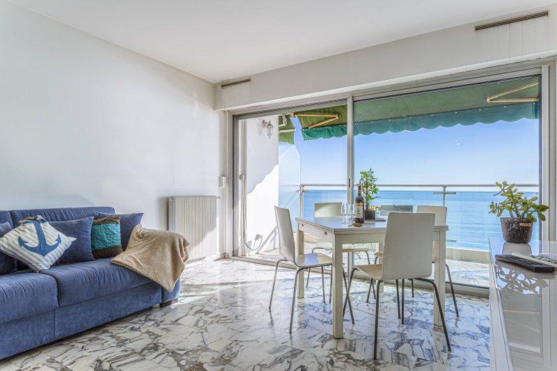 PROM 199 · Grand studio - Promenade des Anglais - Vue mer