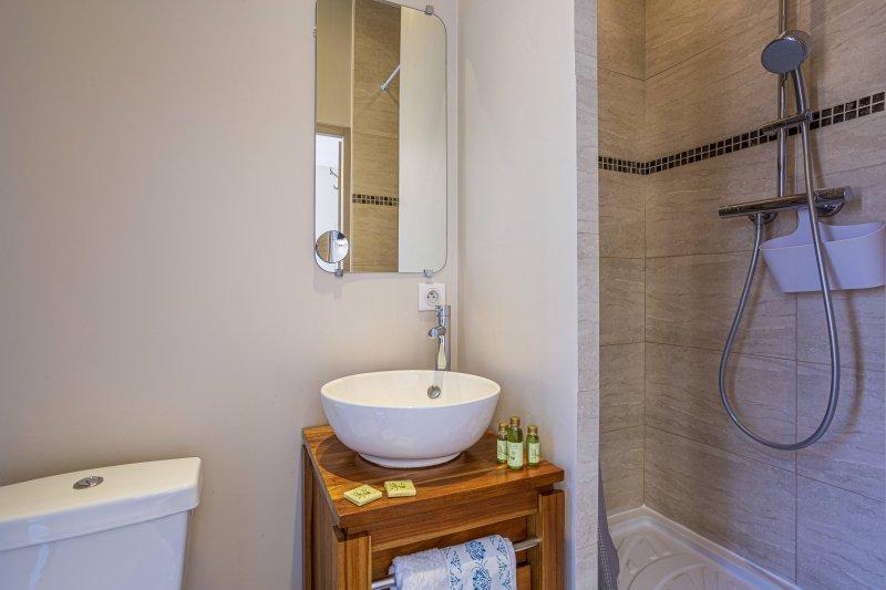 GUISOL - Appartement typique de Nice - 3 chambres au calme