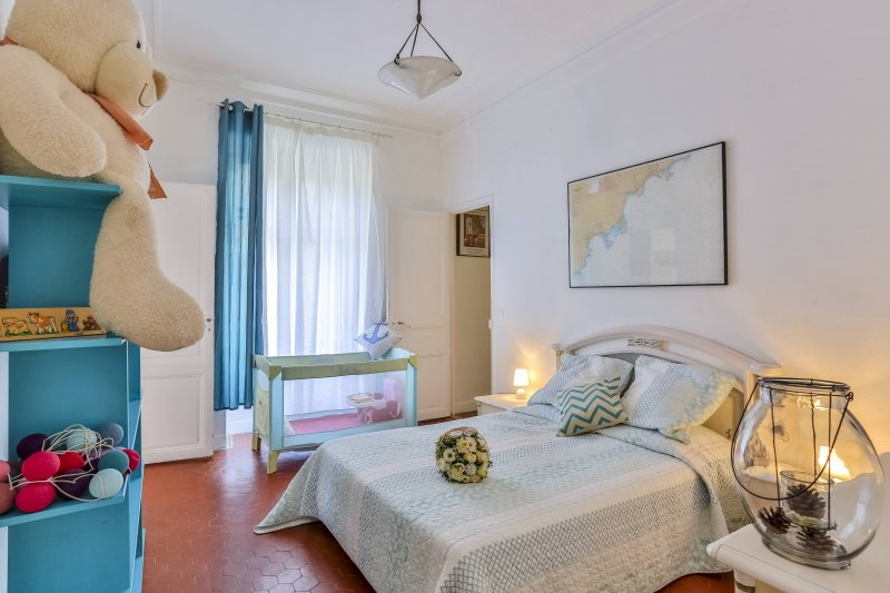 BUFFA 51 · 4 bedrooms apartment - 200 meters to the beach