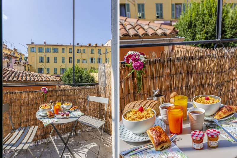 CASSINI · Balcon au calme - Climatisation - Place Garibaldi